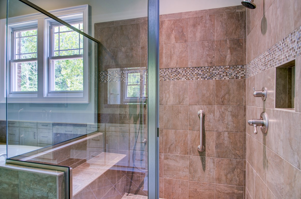 Aging in place market for universal design collins for Collins design build